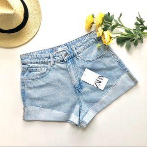 Zara • High Waisted Denim Shorts Light Wash